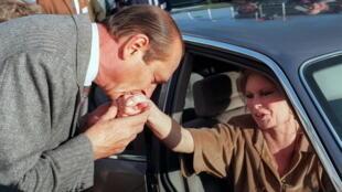 """Imagen de Brigitte Bardot cuenta que el expresidente Jacques Chirac la llamaba """"ma petite biche"""", mi gatita."""