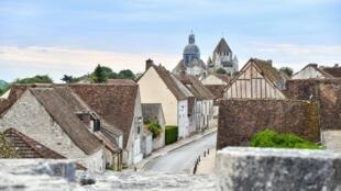 En France, le confinement aurait accéléré le départ des citadins vers les campagnes.