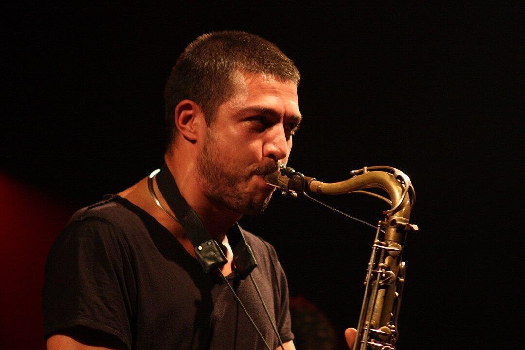 Le saxophoniste français Guillaume Perret
