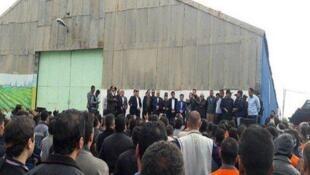شرکت کشت و صنعت نیشکر هفتتپه از روز چهارشنبه ۲۰ نوامبر / ۲۹ آبان به سبب اعتصاب کارگران آن تا اطلاع ثانوی تعطیل شد.
