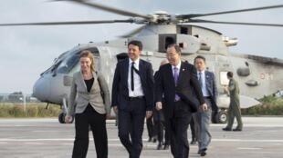 Federica Mogherini, jefa de la diplomacia europea, el 27 de abril pasado, con Mateo Renzi y Ban Ki Moon.