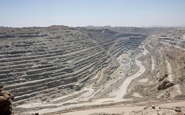 Карьер открытой разработки урана в Гренландии 27/10/2013 (архив)