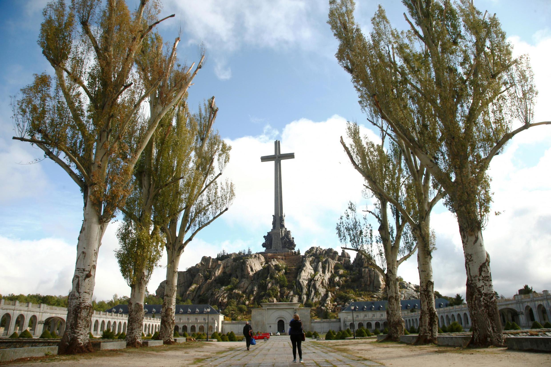 Останки Франко сейчас покоятся в мавзолее мемориального комплекса «Долина Павших» в пригороде Мадрида.