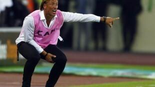 Après le titre décroché avec la Côte d'Ivoire, Hervé Renard pourrait quitter les Eléphants pour rejoindre un club européen la saison prochaine.