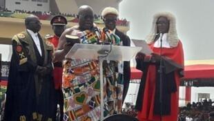 Nana Akufo-Addo akiapishwa