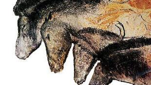 三万年前古人画的肖维岩洞里的壁画十分传神。