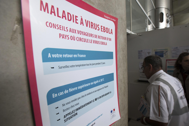 An Ebola warning sign at Charles de Gaulle airport, Paris