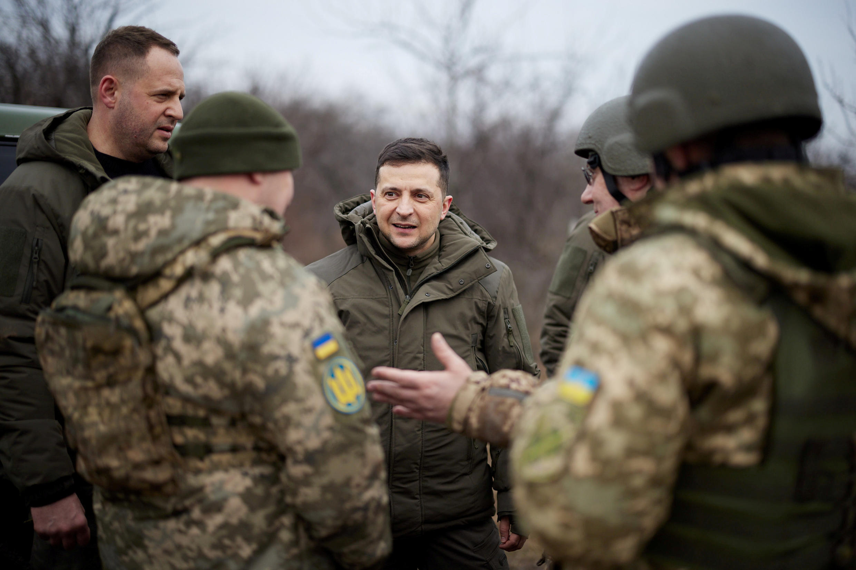 2021-04-02T182648Z_1184498337_RC2UNM9I10HP_RTRMADP_3_USA-UKRAINE-BIDEN