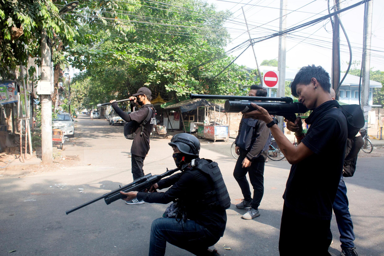 2021-05-05T160837Z_1143839170_RC2S9N96MNUM_RTRMADP_3_MYANMAR-POLITICS