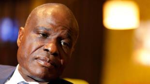 Martin Fayulu continua a contestar a eleição de Félix Tshisekedi e denuncia a actuação do Tribunal constitucional que acaba de lhe retirar 20 mandatos no parlamento.