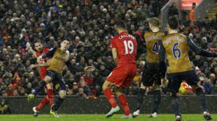 Joe Allen ne ya jefawa Liverpool kwallo ta uku a ragar Arsenal