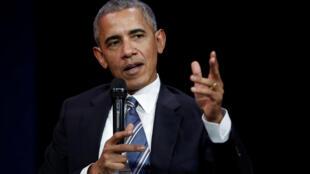 Da isarsa birnin Nairobi kafin karasawa kauyen Kolegu, Barrack Obama ya kira ilahirin al'ummar kasar ta Kenya 'yan uwansa.