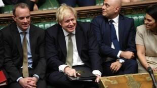 El Primer ministro Boris Johnson tras el debate sobre el discurso de la Reina Isabel II, en la Cámara de los Comunes, en Londres.