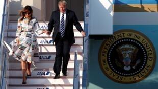 O presidente americano Donald Trump e sua esposa Melania chegam ao Japão