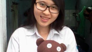 Sinh viên Nguyễn Phương Uyên (http://nguyentuongthuy2012.wordpress.com)