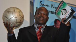 Sam Nyamweya rais wa Shirikisho la soka nchini Kenya