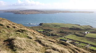 C'est dans le somptueux décor du Connemara que se sont installés les élevages de saumon.