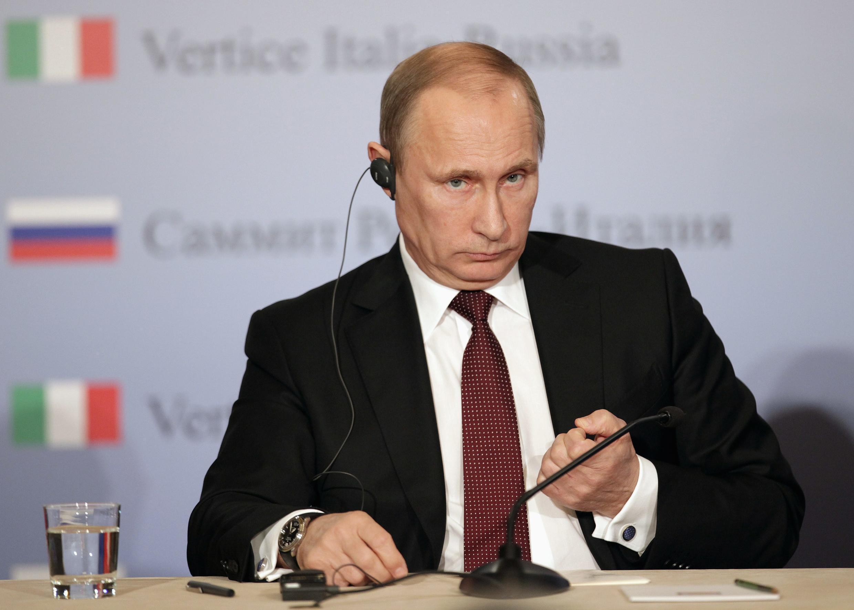 A Trieste (Italie), le président russe Vladimir Poutine a fait part de son agacement, ce mardi 26 novembre, quant aux critiques de l'Europe qui l'accuse d'avoir fait pression sur le gouvernement ukrainien.