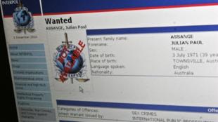 Page internet d'Interpol montrant l'avis de recherche à l'encontre de Julian Assange, le 30 novembre 2010.