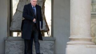 jean-Marc Ayrault sortant de l'Elysèe, le 27 mars 2013.