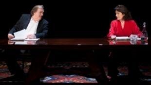 "Жерар Депардье и Анук Эме в спектакле ""Love Letters"""