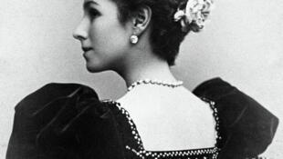 Vũ nữ ba lê Matilda, người tình của Nicolas II. Ảnh chụp năm 1897.