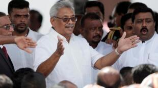斯里蘭卡新當選總統拉賈帕克薩周一正式宣誓就職