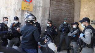 Um palestino de 32 anos foi morto próximo ao Portão do Leão, entrada da Jerusalém Oriental