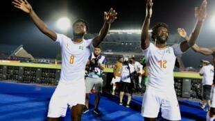 La joie des Ivoiriens après leur victoire face aux Maliens, en huitièmes de finale de la CAN 2019, le 8 juillet 2019..