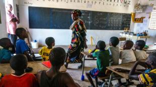 Una escuela de Casamanza, Senegal, país francófono de África.