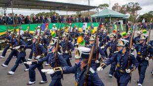 Desfile militar de 7 de setembro, em Porto Alegre