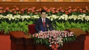 هجدهمین کنگره حزب کمونیست چین،  با سخنرانی هوجین تائو*- دبیر کل حزب و رئیس جمهور این کشور، امروز ٨ نوامبر در پکن گشایش یافت