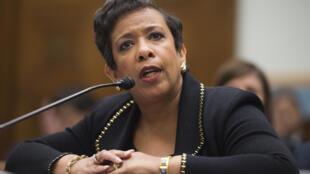 """Bộ trưởng Loretta Lynch được cử làm đồng Chủ tịch """"Đối thoại hỗn hợp"""" về an ninh mạng với Trung Quốc - AFP / JIM WATSON"""