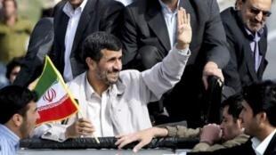 伊朗总统内贾德和他的拥护者