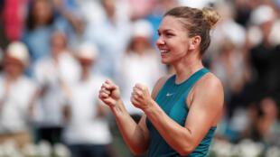 Simona Halep tras ganar en Roland Garros.