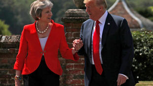 Theresa May et Donald Trump.