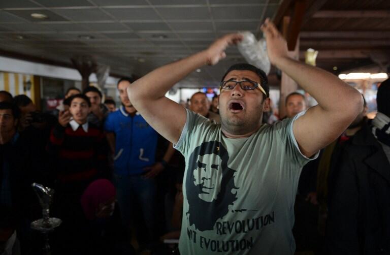 Tại Port-Saïd, phản ứng của công chúng sau khi tòa ra phán quyết.