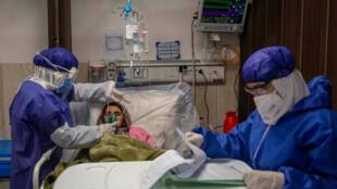 iran-nurses-coronaivirus-GettyImages-1209785597