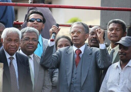 L'ancien président malgache Didier Ratsiraka lors de son retour d'exil, le 24 novembre 2011.