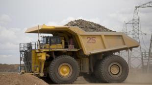 20 % de l'industrie minière mondiale qui serait entre parenthèses, selon UBS.