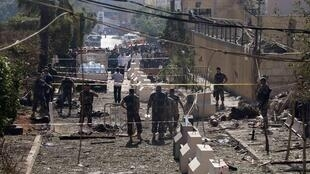 Tout le quartier, pourtant hautement sécurisé, de l'ambassade d'Iran a été dévasté par le double attentat commis par deux kamikazes, ce mardi matin 19 novembre 2013.