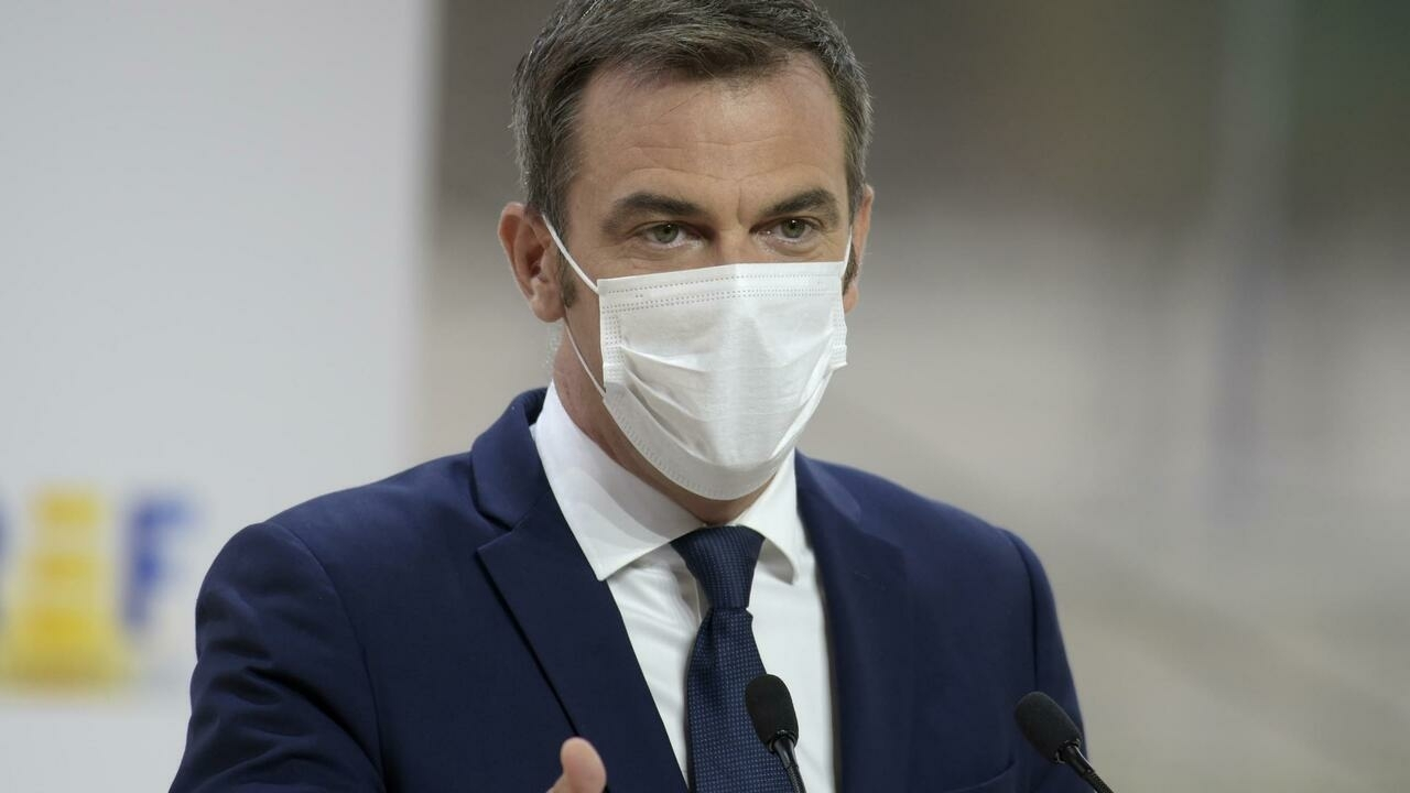 French health minister raises prospect of new lockdown to fight third wave