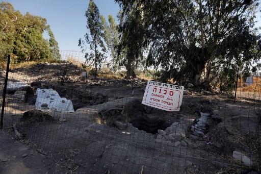 Photo du chantier des fouilles, le 6 août 2017, où l'on voit ce qui pourrait être le site de la naissance ou de la résidence de l'apôtre Pierre.
