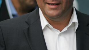 O Ministro da Saúde, Xavier Bertrand, anunciou novas medidas nesta segunda-feira.