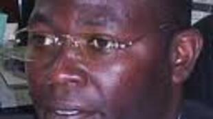 Amílcar Xavier, analista político angolano - imagem do www.angonotícias.com devida vénia
