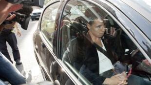 Самир Насри покидает здание Французской федерации футбола в Париже 27/07/2012