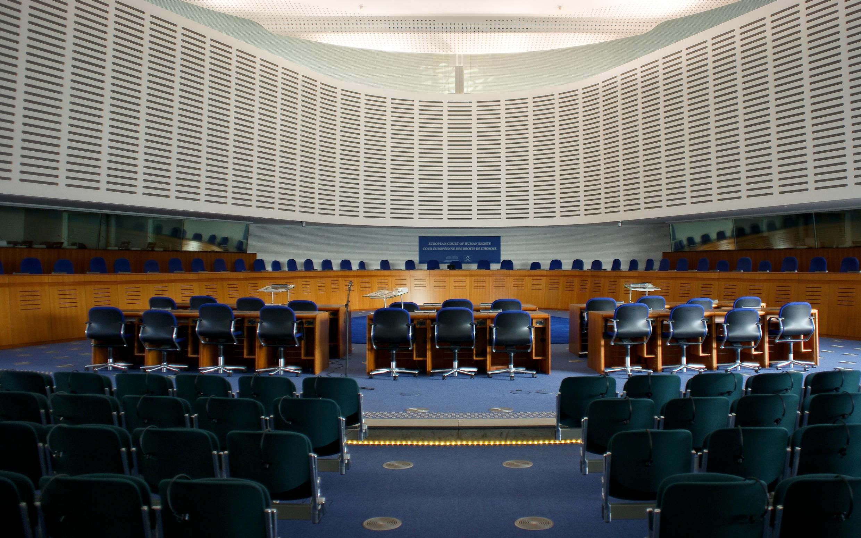 Une vue de l'intérieur de la Cour européenne des droits de l'homme, à Strasbourg. (Europe).