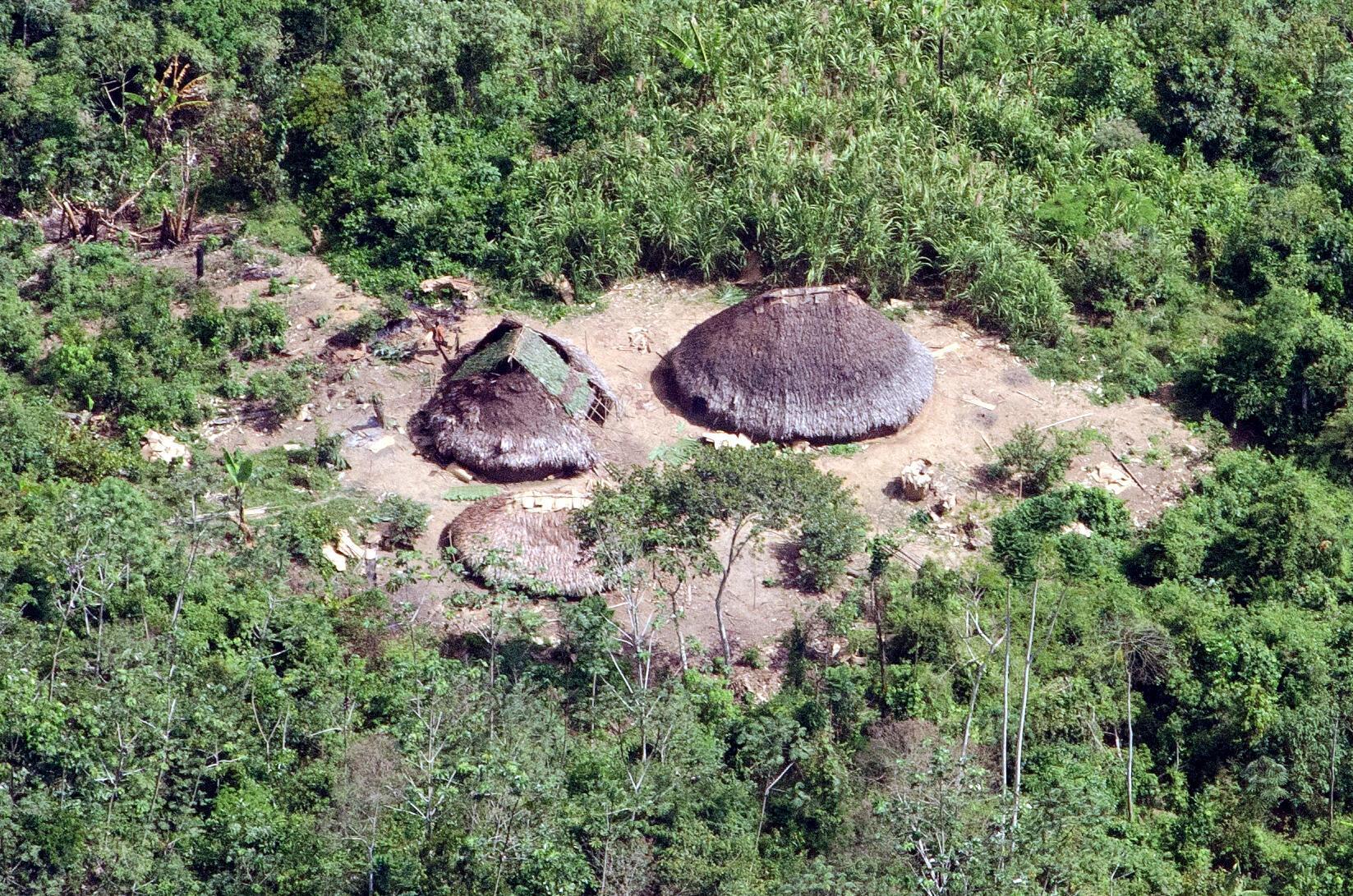 Un petit village autochtone en Amazonie péruvienne.