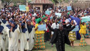 Lors d'une cérémonie hommage organisée après la mort de 19 personnes dont deux prêtres catholiques dans une attaque, le 29 avril 2018, à Makurdi.