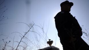 Dinko Valev, chasse des réfugiés à la frontière turco-bulgare. Ici, un policier bulgare à la frontière avec la Turquie (photo d'illustration).
